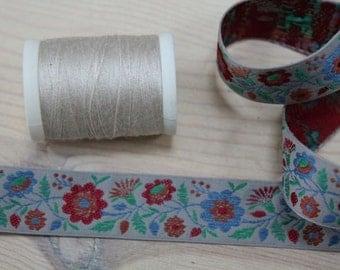 Folksy Woven Jaquard Ribbon Trim