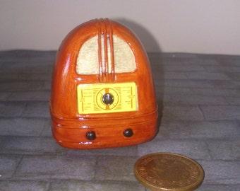 12th scale dolls house Radio Wireless Set (c1936)