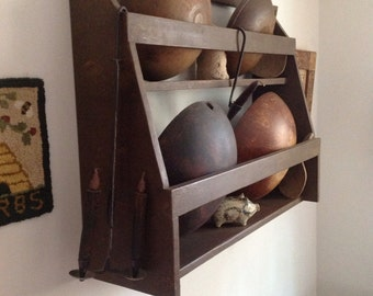 Primitive bowl rack