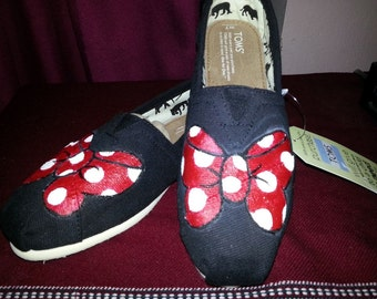 Minnie Mouse Bow Hand-Painted TOMS