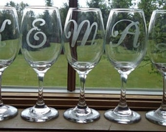 Personalized Etched Wine Glass- One Initial