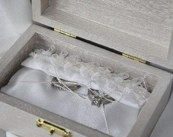 Elegant Shimmery White Wedding Ring Box Holder