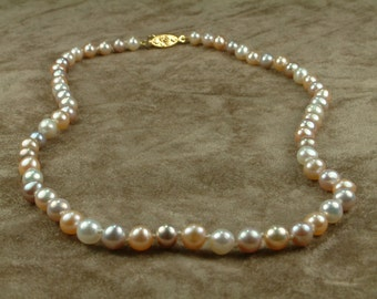 White Pink Pearl Necklace 6 - 6.5 mm