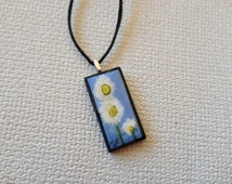 Hand painted Necklace, Daisy Necklace Hand Painted Domino, Hand Painted Pendant - Daisies