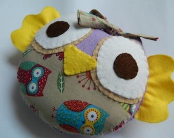 Hanging Sweet Little Owl Felt Home Decoration/ Toy
