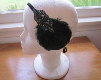 1920s Flapper Art Deco Green Beaded Headband Headdress Feather Fascinator Great Gatsby