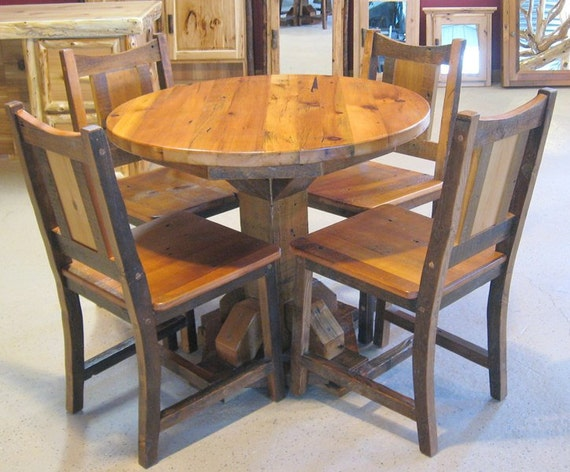 Round barnwood table barnwood dining table reclaimed wood for Small round wood kitchen table