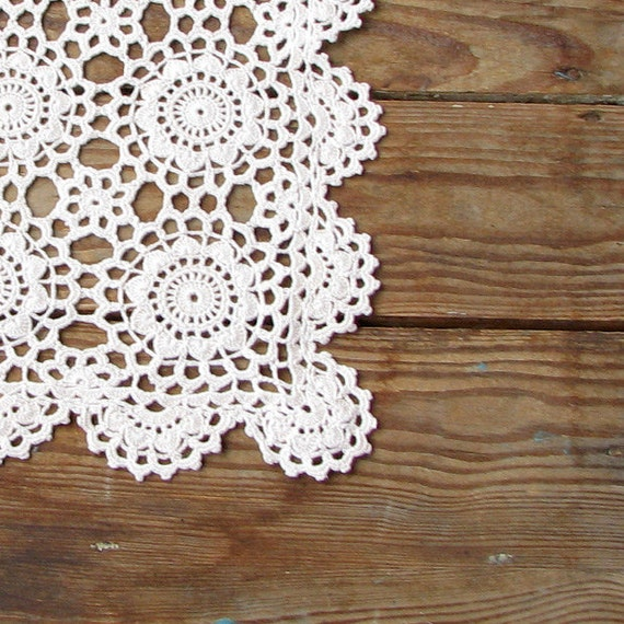 shabby chic home decor crochet vintage doily vintage lightly. Black Bedroom Furniture Sets. Home Design Ideas