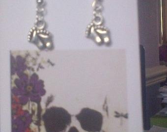 Tiny feet earrings