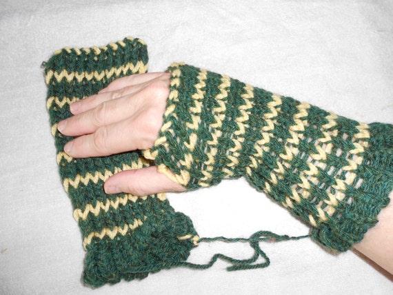 Loom Knitting Pattern For Fingerless Gloves : loom knitted fingerless gloves or arm warmers