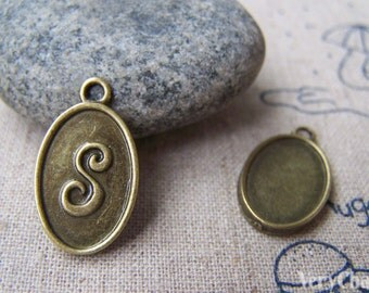 20 pcs of Antique Bronze Initial Letter S Oval Charms 11x16.5mm   A1995