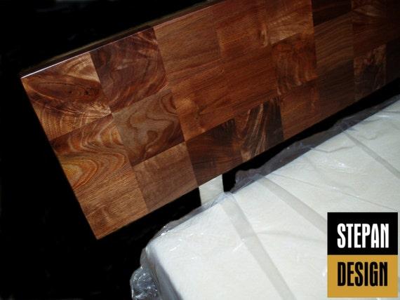 moderne plattform bett mit parkett kopfteil von stepandesign. Black Bedroom Furniture Sets. Home Design Ideas