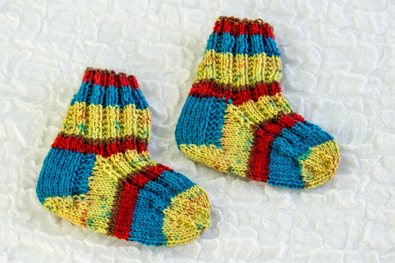 KNITTING PATTERN Modern Baby Socks Baby Sock Knitting