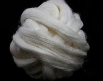 White Egyptian Cotton Top / Roving - Spinning Fibre / Fiber - Felting