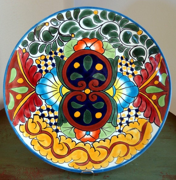 Vintage Porcelain Talavera Pottery Round Plate 11 Smooth