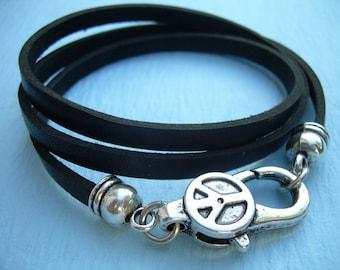 Leather  Bracelet, Triple Wrap, Peace Clasp, Womens Bracelet, Mens Bracelet, Womens Jewelry, Mens Jewelry
