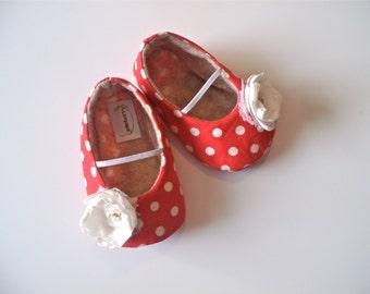 VIVI baby girl shoes. Red and white polka dot