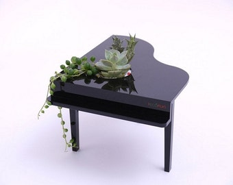 Impromptu 7 Planter, desktop, vase, plant, green, decor, gift, creative, housewares, piano