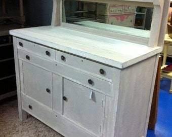 SOLD - Antique hutch / buffet / sideboard