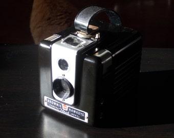 1955 Kodak Brownie Hawkeye, Flash Model