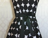 Black & White Dot Apron