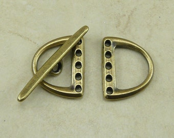 1 TierraCast 5 Hole D Ring Toggle Clasp Set - LEAD FREE Brass Ox Plated Pewter - I ship Internationally 6176