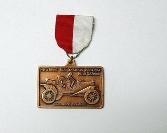 1990 vintage Newberg Old Fashion Festival bronze bar pin