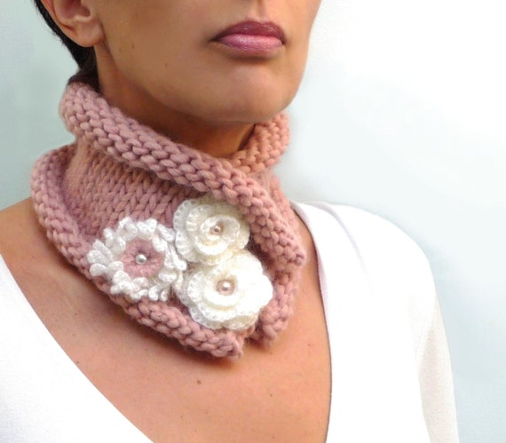 Knit dusty pink scarf, chunky neckwarmer with white flowers and pearls - POSY