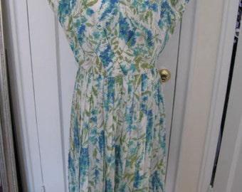 Darling Vintage 60's Floral Spring Dress