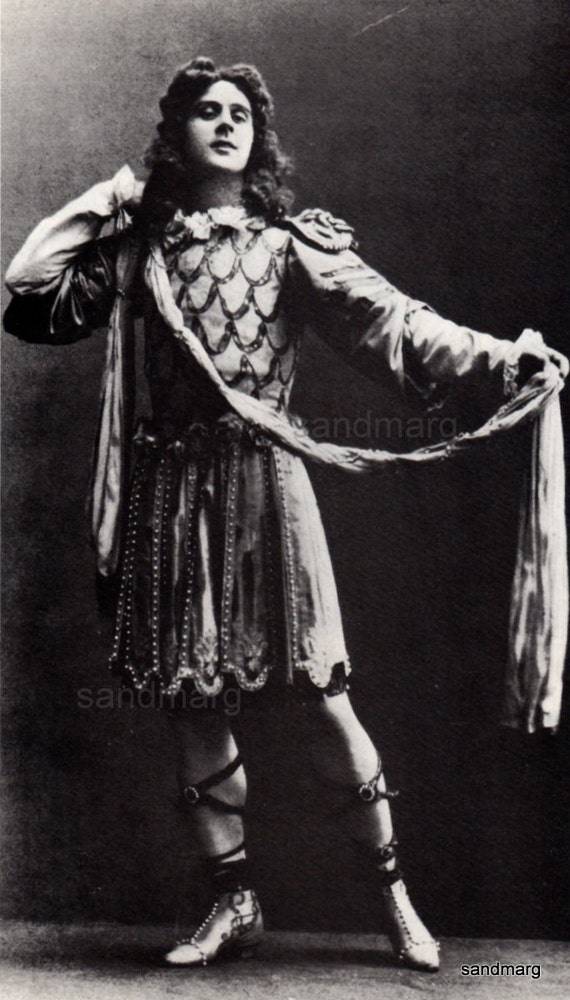 why michele fokine is one of revolutionary ballet choreographers Michel (mikhail) fokine 1880 - 1942 was born mikhail mikhailovich fokine on april 26 in st petersburg-russia he was accepted into the imperial ballet school at the age of 9 and made his performing debut that same year at the maryinsky theatre in the ballet the talisman under the direction of marius petipa.