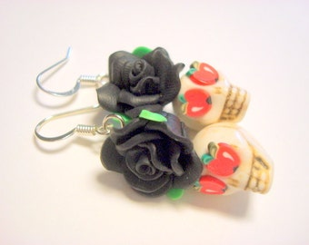 Sugar Skull Earrings Apple of My Eye Day of the Dead Roses and Sugar Skulls