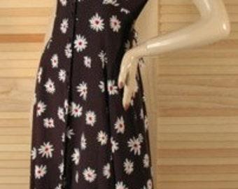 Vintage 1970s Daisy Long Dress Size 4 b36
