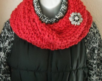 Infinity Scarf/Knit Infinity Scarf/Red Circle Scarf/Red Infinity Scarf/Gift for Her/X Lg Cowl/Winter Knit Cowl/Starburst Red Infinity Scarf
