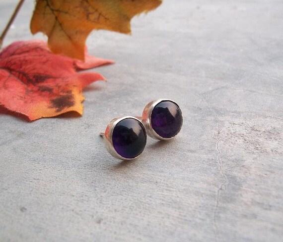 Amethyst stud earrings - Amethyst earrings - February Birthstone - Purple earring - Bezel earrings - Gift for her
