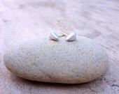Sculpted Solid Silver Mod Heart Earrings