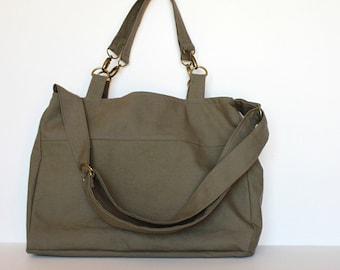 Bag Sewing Pattern. PDF Sewing Pattern - Satchel Bag.  Canvas or Cordoruy Messenger Bag. Briefcase. Sewing DIY.