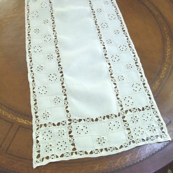 Very long linen table runner with italian by linensandthings for 102 inch table runners