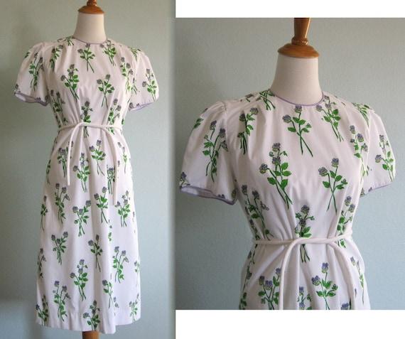 Vintage 1960s Dress - The Vested Gentress Pretty Violet Print Dress - 60s Preppy Shift Dress M L