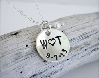 Couples initials and date necklace - sterling silver boyfriend girlfriend necklace, husband wife necklace, couple jewelry, newlywed gift