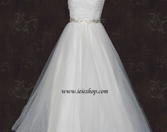 Simple Strapless Ivory Tulle A-line Wedding Gown with Ruched sweetheart neckline
