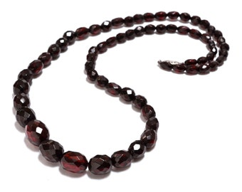 Cherry Amber Red Bakelite Graduated Bead Necklace - 1930s
