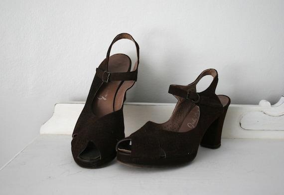 Vintage 1940s JUDY LEE DEBS Brown Perforated Suede Peep Toe Shoes