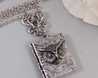 Hermonie's Handbook,Owl,Locket,Silver Locket,Necklace,Potter,Owl,Silver,Woodland,Antique Locket. Handmade jewelry by valleygirldesigns.