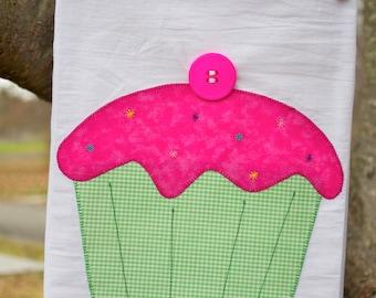Flour Sack Tea Towel -  Cupcake, Sprinkles - Birthday - Baking - Kitchen - Handmade