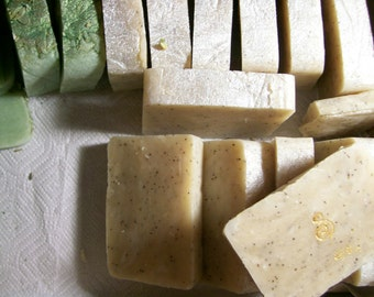 Lemon Sugar Poppyseed All Vegetable Shea Butter Soulare Soap Vegan