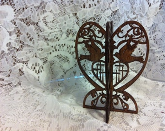 3D Standing Doves with Calvary Cross Wedding Favor