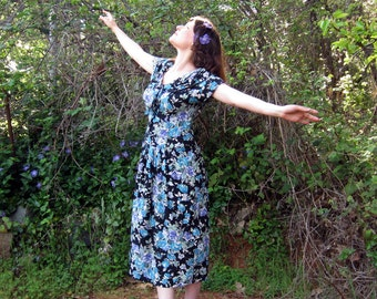 Laura Ashley 80s Dress floral Blue and Black made in Great Britain M/L