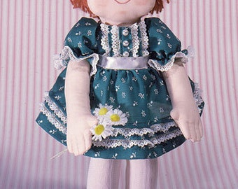 Kellie Easy to sew cloth doll pattern from Carolee Creations/SewSweetDolls