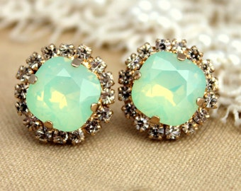 Mint Earrings, Mint Opal studs, Bridal Mint Earrings, Swarovski Crystal earrings, Bridesmaids Earrings, Gift for her, Bridesmaids Gifts