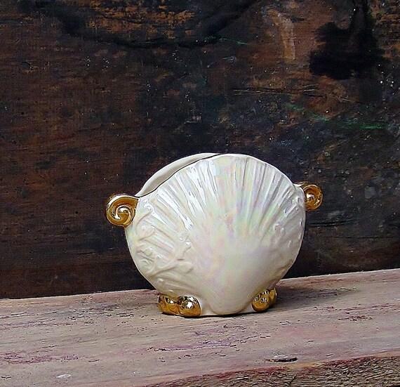 Vintage Scallop Shell Design Vase - Iridescent Clam Shaped Vessel - Opalescent Pearl Luster - Seashore Theme Planter - Beachy Cottage Decor